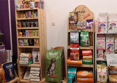 Peloso, tienda de accesorios para mascotas en Tres Cantos