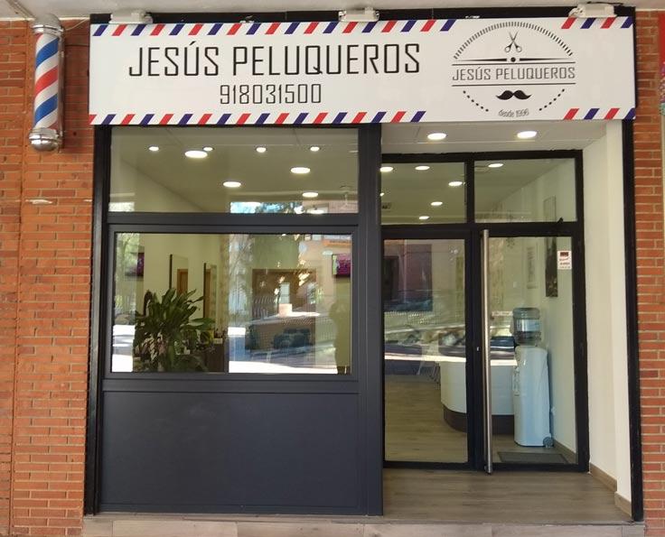 fachada jesus peluqueros